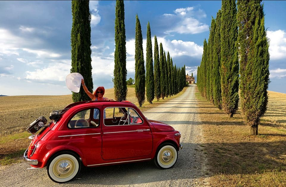 Travel Tuscany with an iconic authentic 500 Fiat